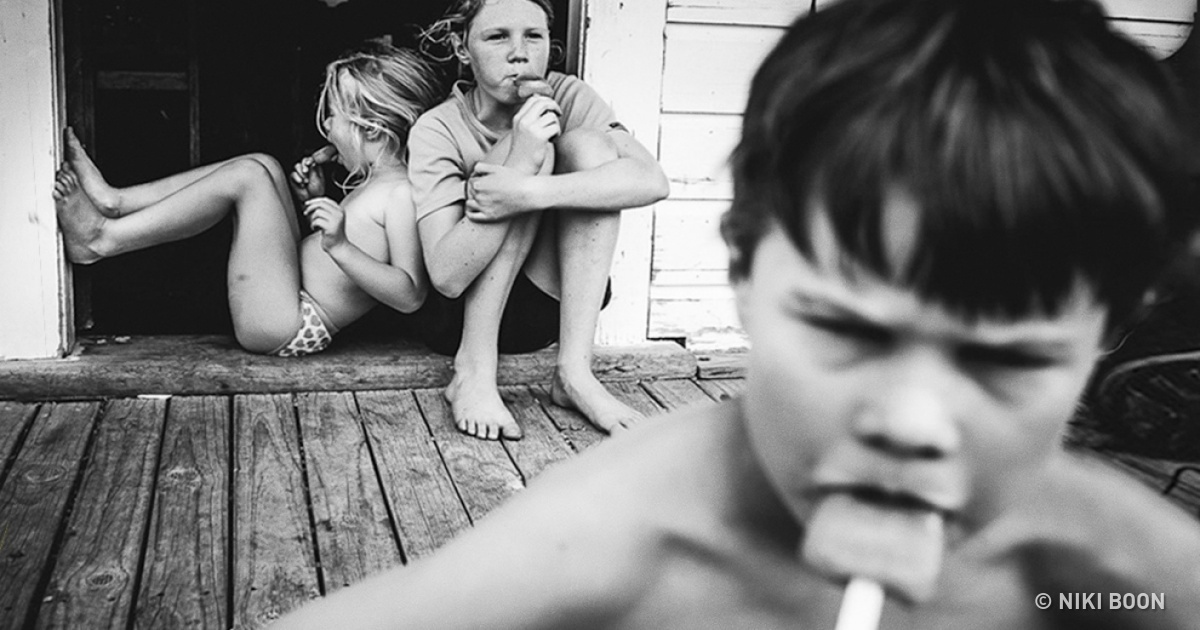 A mother of 4 kids shows how childhood without TV and gadgets look like in a series of breathtaking photos!