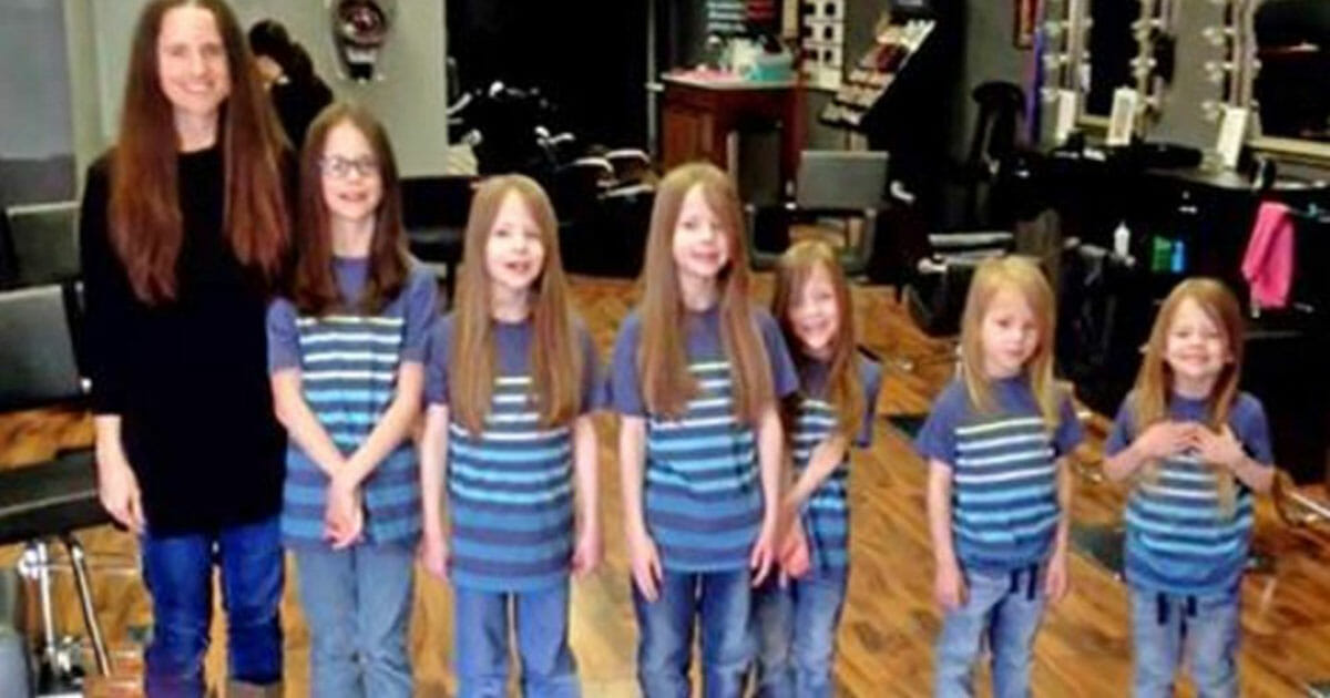 Bullies laughed at the long hair of six brothers, so their mother trimmed their hair and the heartbreaking truth was revealed