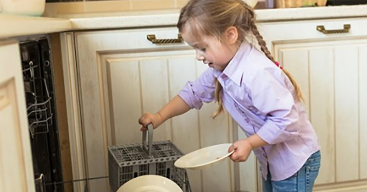 New study found: Children who do daily chores at home become more successful adults