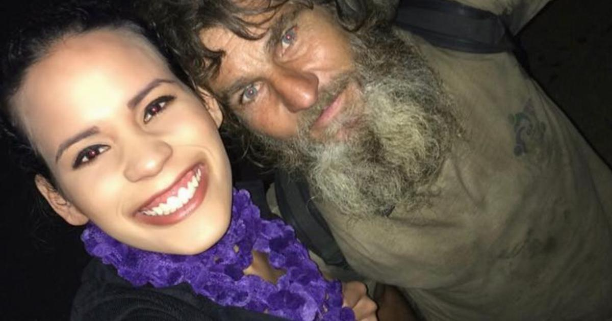 A Homeless man approached a 24-year-old woman - 2 minutes later his unexpected question left her speechless