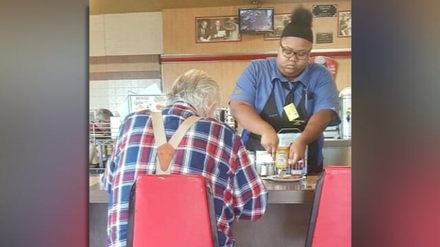 A woman secretly filmed behind an old man's back: revealed the truth to what the waitress did to his food